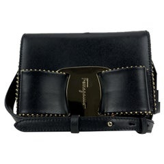 Salvatore Ferragamo Black Leather Vara RW Bow Small Shoulder Bag