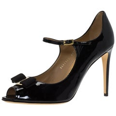 Salvatore Ferragamo Black Patent Mood Vara Bow Mary Jane Pumps Size 40.5