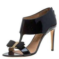 Salvatore Ferragamo Black Patent Pellas Vara Bow Ankle Sandals Size 36