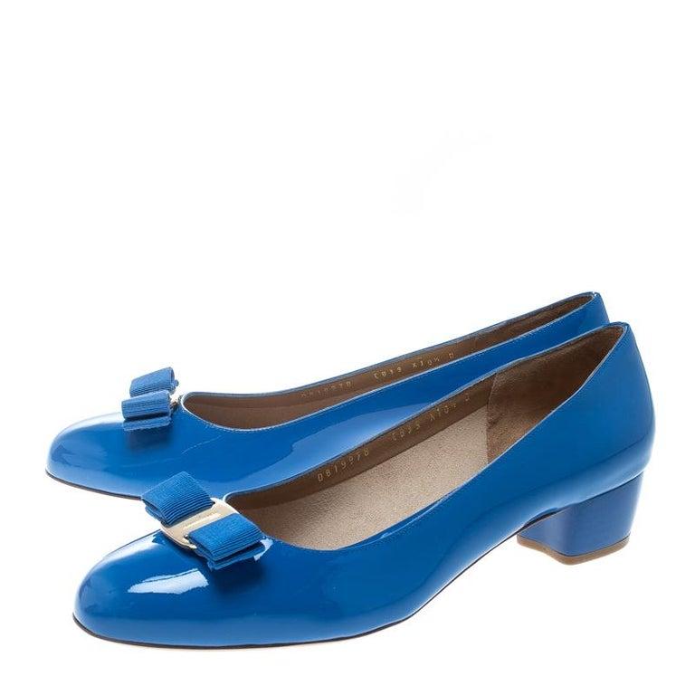 6f0ceadca84 Women s Salvatore Ferragamo Blue Patent Leather Vara Bow Block Heel Pumps  Size 41 For Sale