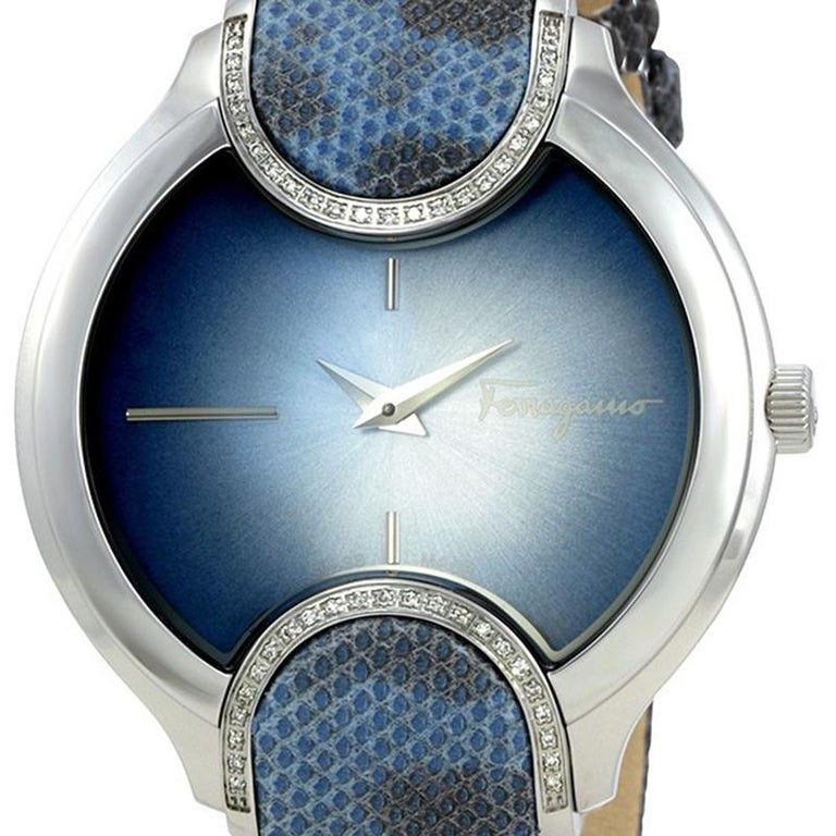 Flaunt your elegant style owning this luxe wristwatch from Salvatore Ferragamo. Created from stainless steel, this watch follows a quartz movement and has a beautiful blue dial fitted with index hour markers and two hands. It is water-resistant up