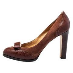 Salvatore Ferragamo Brown Brogue Leather And Suede Bow Block Heel Pumps Size 40