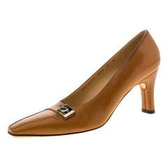 Salvatore Ferragamo Brown Leather Buckle Detail Pumps Size 38.5