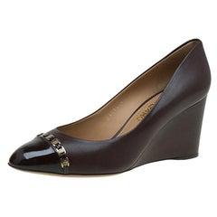 Salvatore Ferragamo Brown Leather Nana Cap Toe Chain Detail Wedge Pump Size 40.5