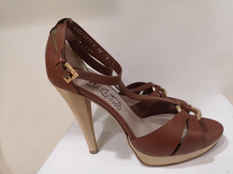 Salvatore Ferragamo  brown sandals totally handmade in italy in size 39 it