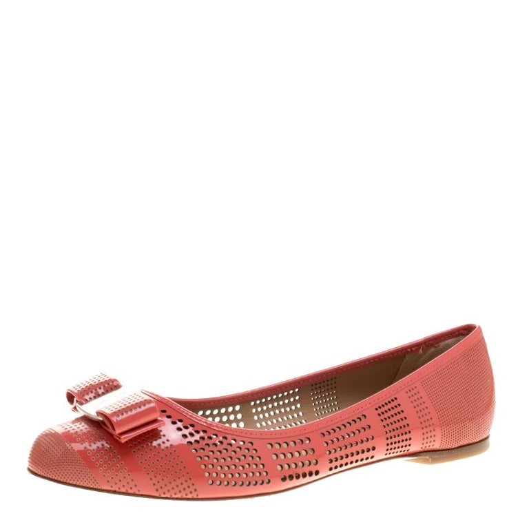 888a0ee1a Salvatore Ferragamo Coral Pink Perforated Patent Leather Varina Bow Ballet  Flats For Sale
