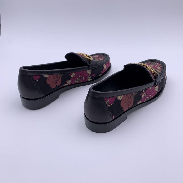 Salvatore Ferragamo Leather Rolo T Loafers Moccassins Size 6.5D 37D In New Condition For Sale In Rome, Rome