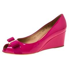 Salvatore Ferragamo Magenta Patent Leather Sissi Peep Toe Wedge Pumps Size 42