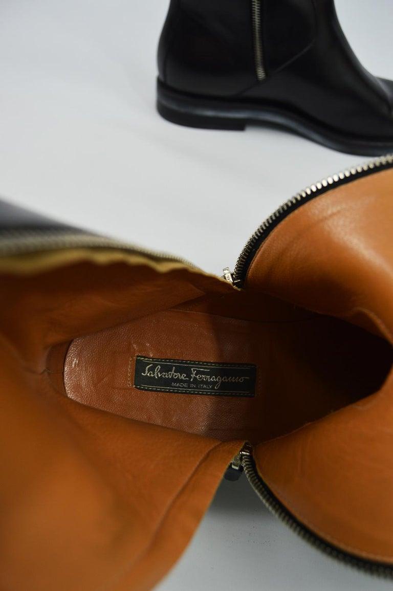 Salvatore Ferragamo Men's Vintage Minimalist Black Leather Double Zipper Boots For Sale 8
