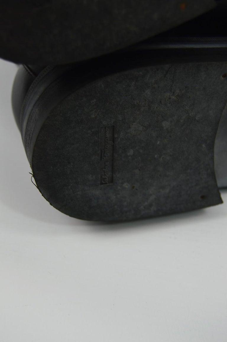 Salvatore Ferragamo Men's Vintage Minimalist Black Leather Double Zipper Boots For Sale 5