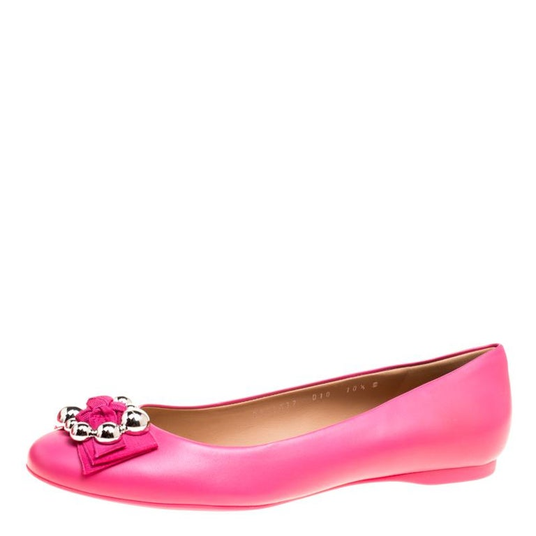 c785a981496 Salvatore Ferragamo Pink Leather Flair Ballet Flats Size 41 For Sale at  1stdibs