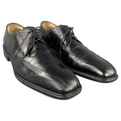 SALVATORE FERRAGAMO Size 10 Black Solid Leather Lace Up Shoes