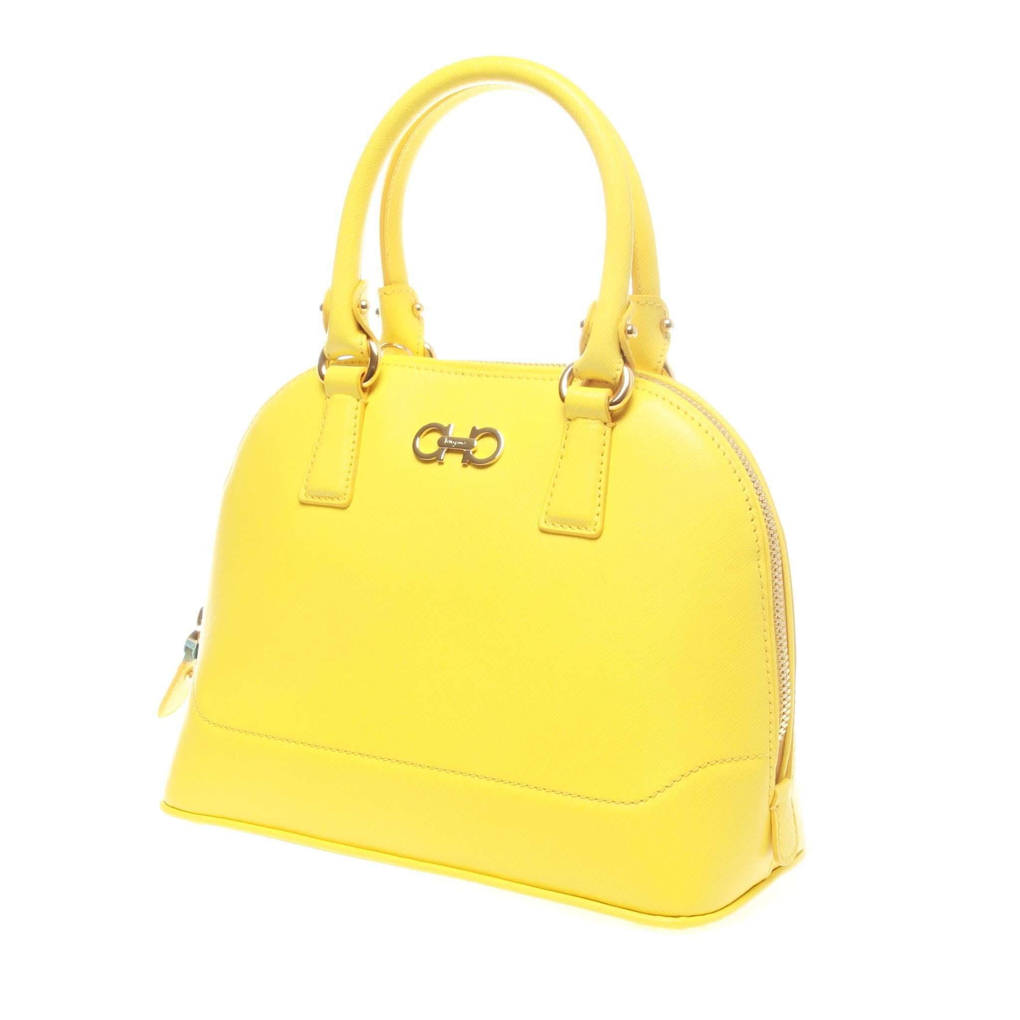 1stdibs Salvatore Ferragamo Yellow Darina Crossbody Bag 29I8VqK