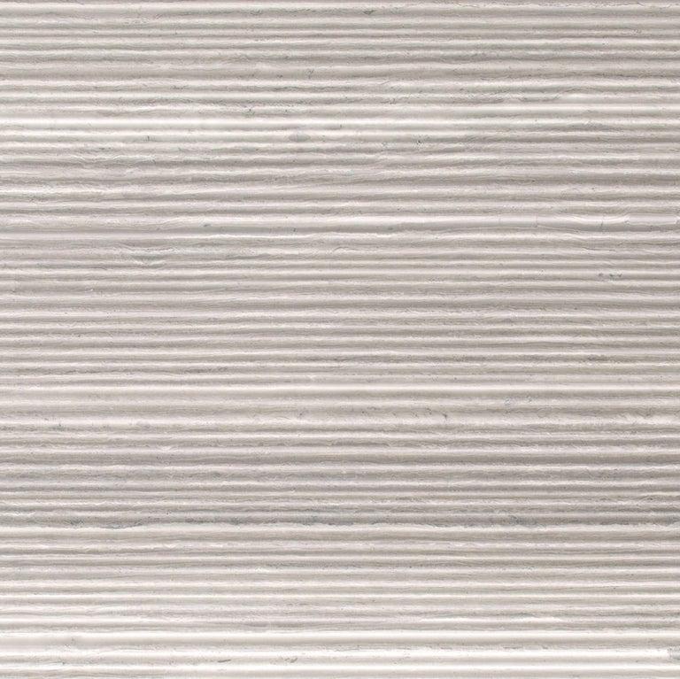 Modern Salvatori Filo Flush 3 / 80 Shower Tray in Bamboo Texture Silk Georgette® Stone For Sale