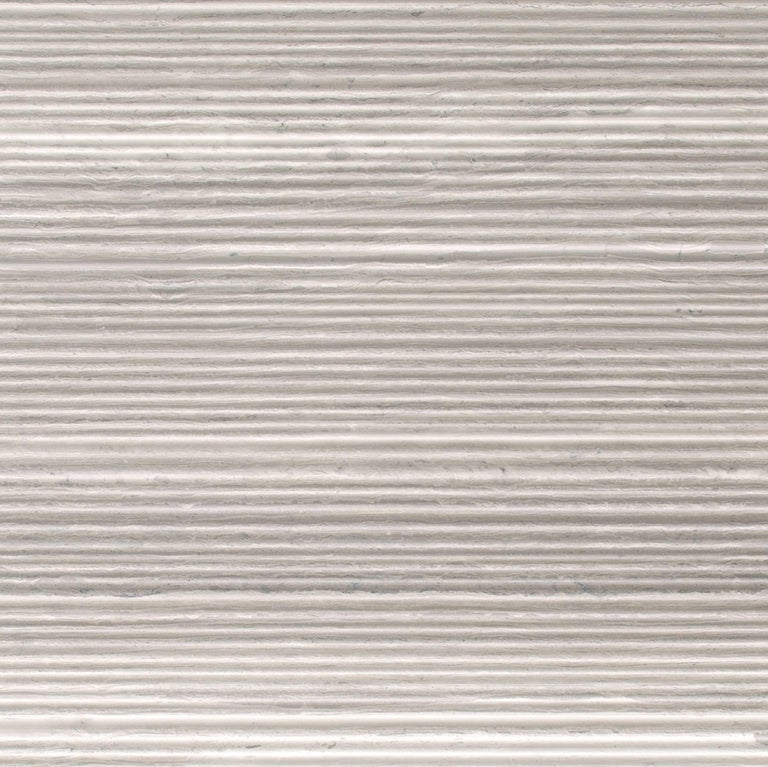 Modern Salvatori Filo Flush 5 / 100 Shower Tray in Bamboo Texture Silk Georgette® Stone For Sale