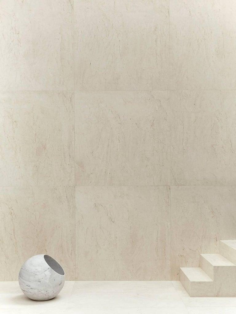 Salvatori Urano Spherical Floor Lamp 50 in Bianco Carrara Marble by Elisa Ossino For Sale 4