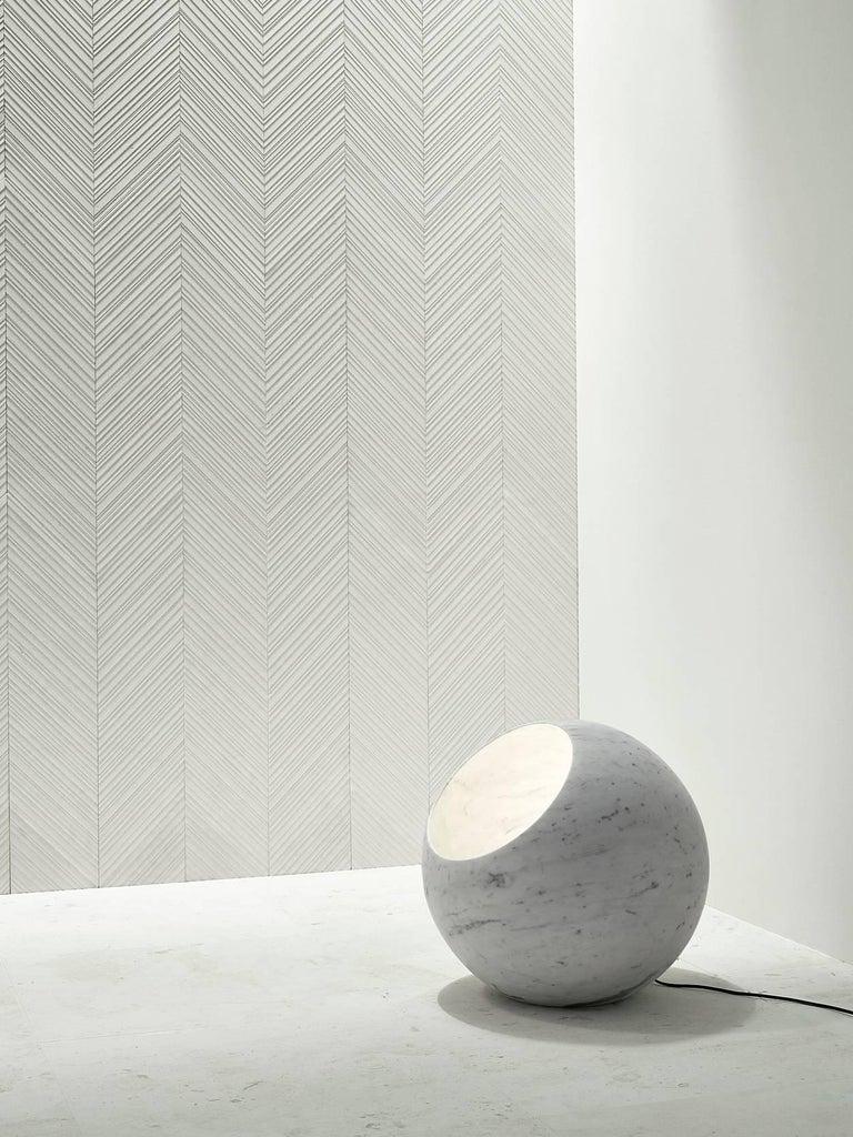 Salvatori Urano Spherical Floor Lamp 50 in Bianco Carrara Marble by Elisa Ossino For Sale 2