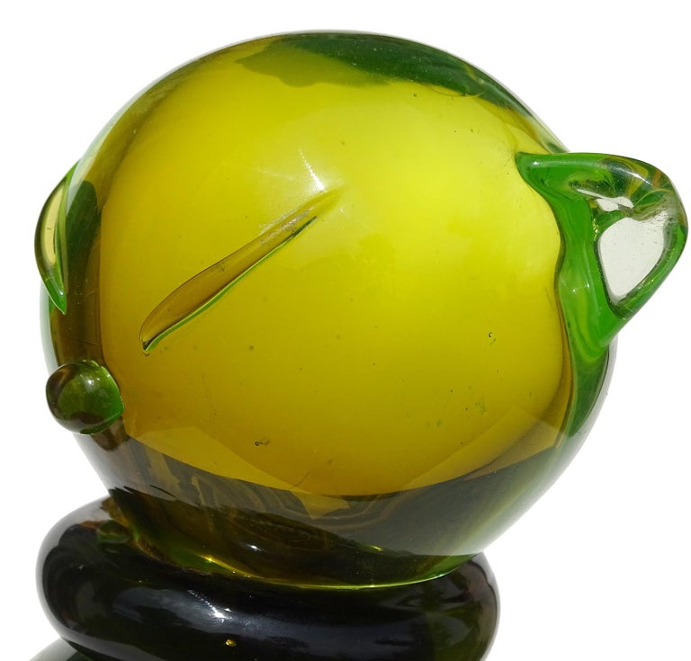 Uranium Glass Salviati Barbini Murano Olive Green Uranium Italian Art Glass Cat Sculpture For Sale