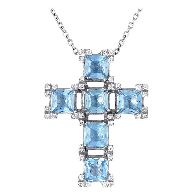 Salvini 18 Karat White Gold Aquamarine and Diamond Crucifix Pendant Necklace For Sale