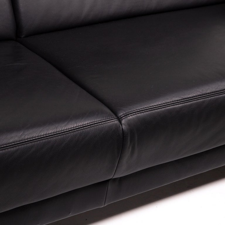 European Sample Ring Leather Sofa Set Black 1 Three-Seat 1 Two-Seat Couch