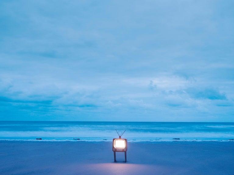 TV 2 - Samuel Hicks, Ocean, Sunset, Sea, Nature, Environment, Landscape - Photograph by Samuel Hicks