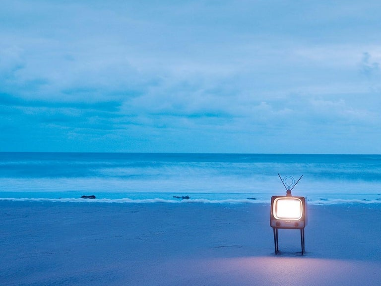 TV 2 - Samuel Hicks, Ocean, Sunset, Sea, Nature, Environment, Landscape - Blue Landscape Photograph by Samuel Hicks
