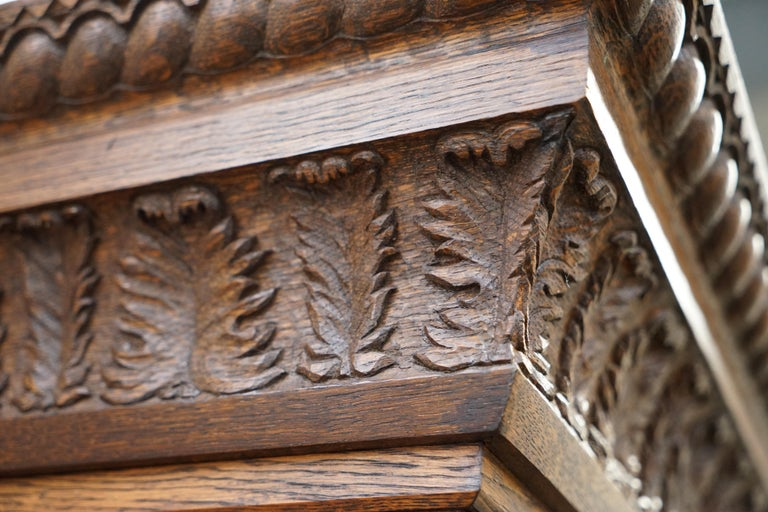 Samuel Pepys 1666 Oak Library Bookcases Pair High Provenance Carved by Forsyth In Good Condition For Sale In London, GB