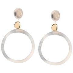 Sand Hoop Drop Earrings in Sandy Pearl