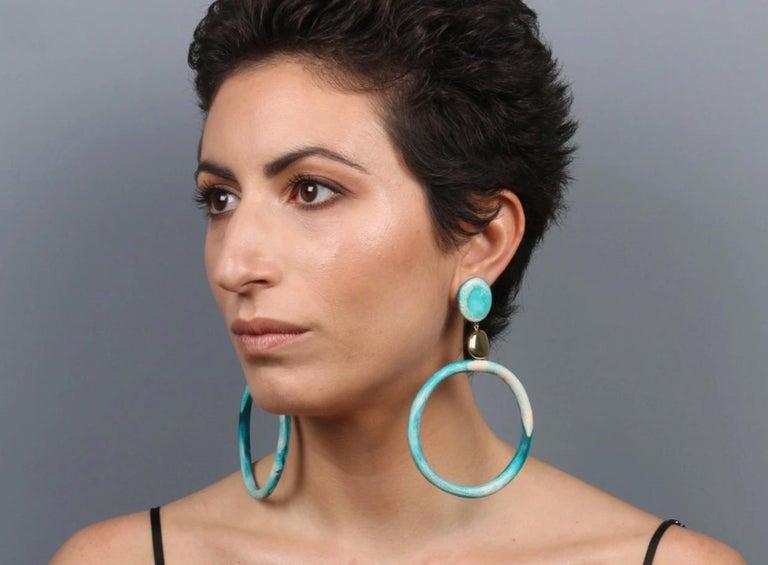 Contemporary Sand Hoop Drop Resin Earrings in Lagoon For Sale