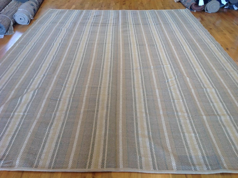 A thick, handwoven flat-weave for a classic yet relaxed look. Flat-weave rugs are amazingly versatile -- they're light weight so easy to move, reversible and work on their own or layered with other rugs. And as a final plus, they're durable but also