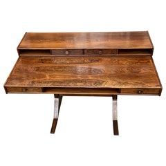 Santos Rosewood Desk by Gianfranco Frattini for Bernini