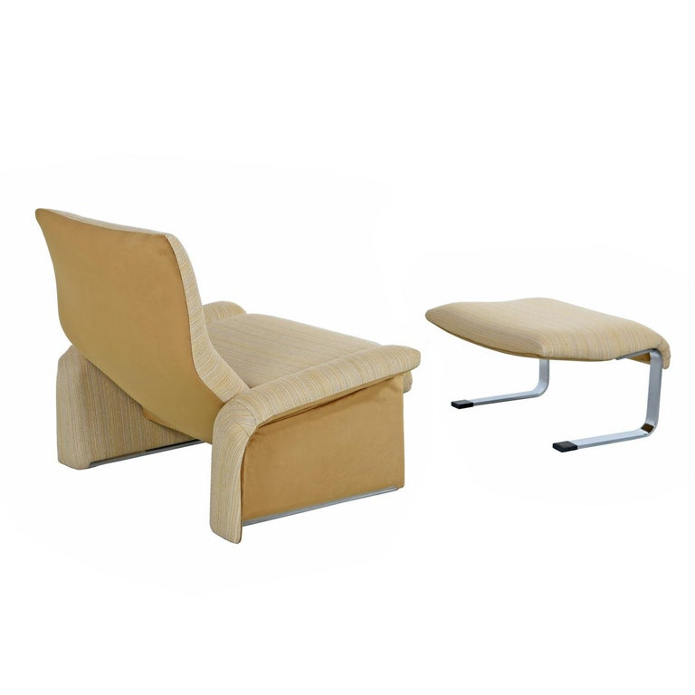 Saporiti Italia Chrome Lounge Chairs and Ottomans by Giovanni Offredi In Excellent Condition For Sale In Chattanooga, TN
