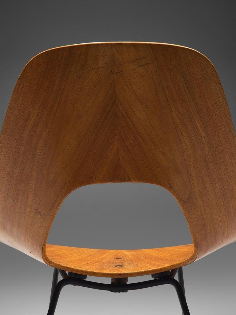 Metal Saporiti Set of 'Ariston' Dining Chairs in Teak For Sale