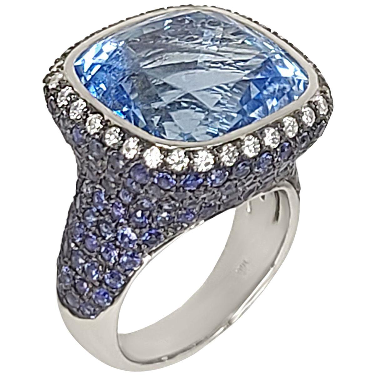 18K Gold Sapphire & Blue Topaz Ring