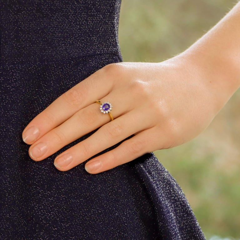Modern Sapphire and Diamond Cluster Ring Set in 18 Karat Yellow and White Gold For Sale