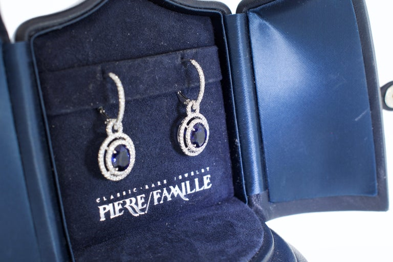 Sapphire and Diamond Earrings, Pierre/Famille 5