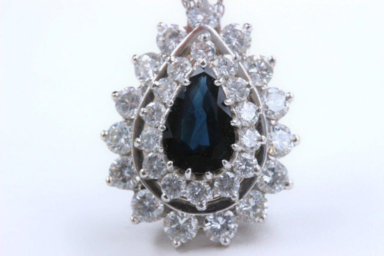 Sapphire and Diamond Pendant Necklace 4.78 Carat 14 Karat White Gold In Excellent Condition For Sale In San Diego, CA