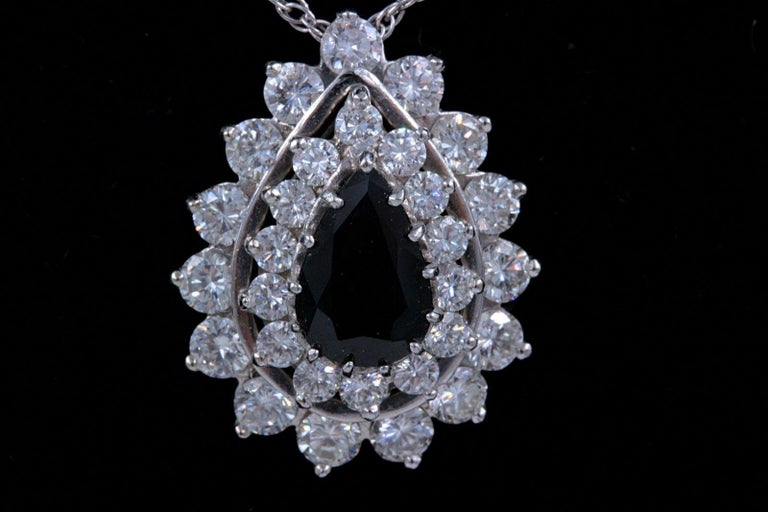 Sapphire and Diamond Pendant Necklace 4.78 Carat 14 Karat White Gold For Sale 2