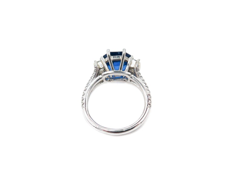 GIA Certified Sapphire and Diamond Platinum Ring For Sale 2