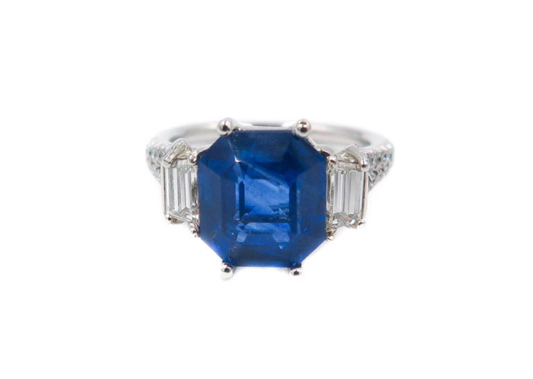 Modern GIA Certified Sapphire and Diamond Platinum Ring For Sale
