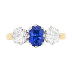 Saphir und Diamant Dreisteiniger Verlobungsring, Circa 1930er Jahre