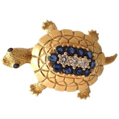 Sapphire and Diamond Turtle Pin in 18 Karat Yellow Gold