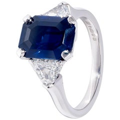 6 carat Sapphire and Diamond White Gold Classic Engagement Ring