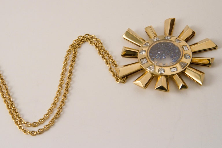 Women's or Men's Sapphire and Diamonds Necklace on a Yellow Gold 18 Karat Pendant in Sun Shape For Sale