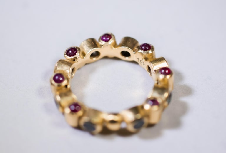 Women's Sapphire and Ruby 18 Karat Gold Bridal Band Ring For Sale