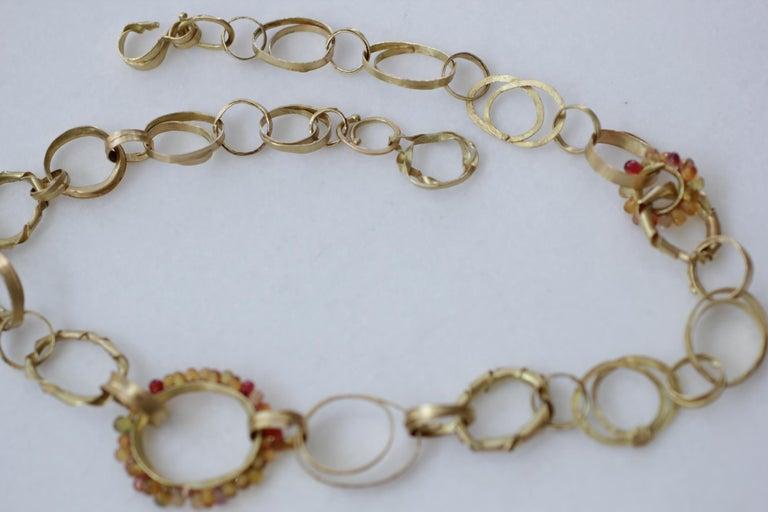 Modern Sapphire Briolettes 18 Karat Gold Link Chain Necklace  For Sale