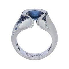 Sapphire Diamond 18 Karat White Gold HeartBeat Ring
