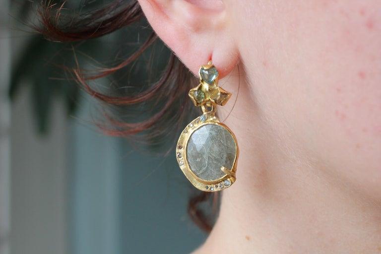 Sapphire Diamond 22K- 21K Gold Dangle Drop Organic Earrings  For Sale 7