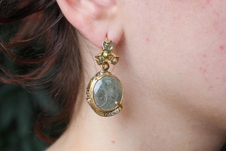 Sapphire Diamond 22K- 21K Gold Dangle Drop Organic Earrings  For Sale 9