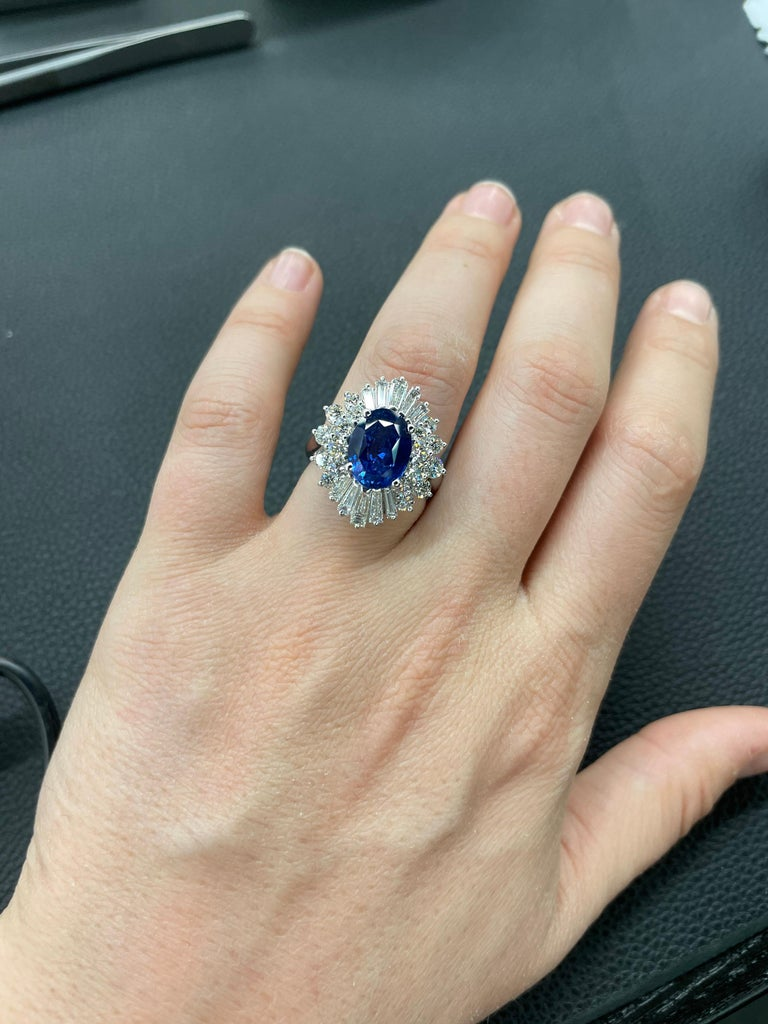 HARBOR D. Sapphire Diamond Cluster Cocktail Ring 7.47 Carat Platinum For Sale 2